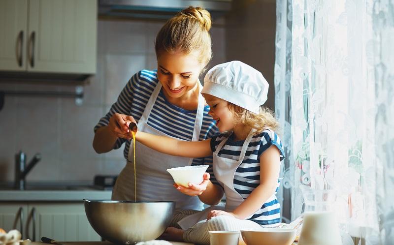 10 goldene Regeln der Erziehung: Von der Natur aus ist es so eingerichtet, dass Kinder ihre Eltern imitieren. (#02)