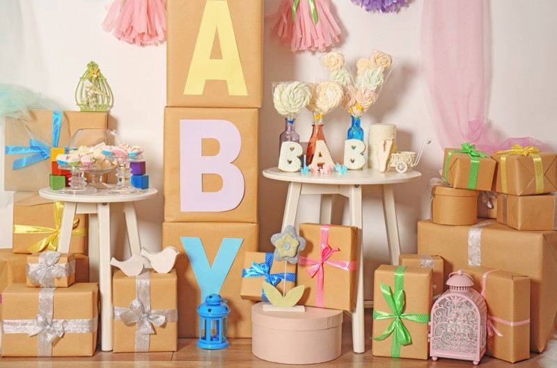 Das Baby der besten Freundin ist geboren und es gibt die typische Babyparty bzw. Babyshower: Schön, wenn man eine individuelle und einzigartige Karte mit einem schönen Spruch zur Geburt überreichen kann. Standard kann Jeder! (#1)