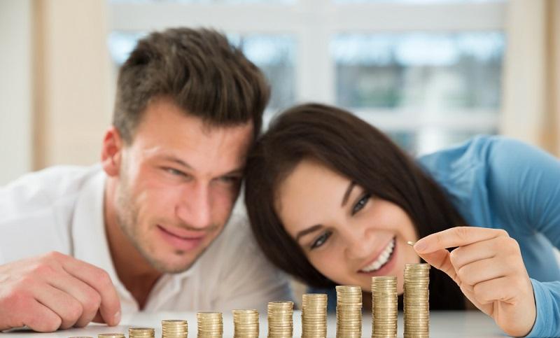 Auch bei dem Abschluss einer Reiserücktrittsversicherung kann bares Geld durch einen Vergleich gespart werden. (#03)