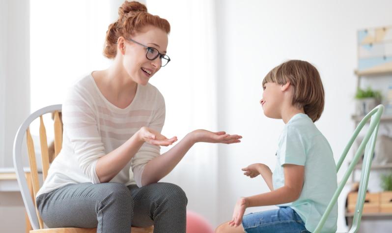 Ist das eigene Kind aggressiv, kann Hilfe von Außen eine Möglichkeit sein.