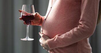 Alkohol in der Frühschwangerschaft: Häufige Fragen