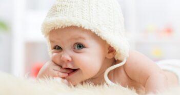 Baby richtig versorgen: Wickeln, Füttern & mehr!
