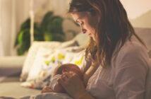 Baby schläft beim Stillen ein: Problem? Normal?