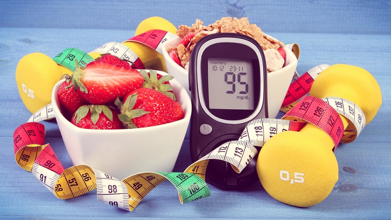 Glucose wird mit der Nahrung aufgenommen, sodass nach einer Mahlzeit der Glucose-Spiegel im Blut ansteigt. (#03)
