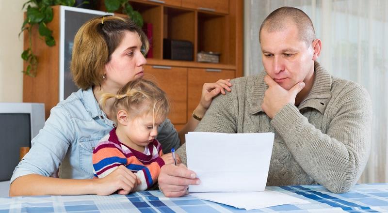 Achtung: Arbeitgeber sind verpflichtet, ihren Beschäftigten auf Verlangen eine Bescheinigung über die beantragte Elternzeit und auch für das Elterngeld auszustellen. (#02)