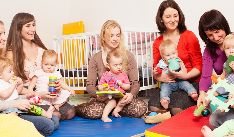 Achtung: Arbeitgeber sind verpflichtet, ihren Beschäftigten auf Verlangen eine Bescheinigung über die beantragte Elternzeit und auch für das Elterngeld auszustellen. (#01)