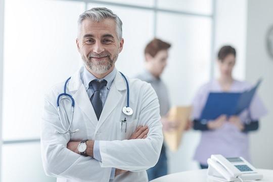 Ein klärendes Gespräch mit dem Arzt hilft bei der Entscheidung Stammzellenblut, ja oder nein?