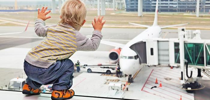 Fliegen mit Baby: Die 11 besten Tipps!