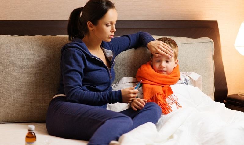 Eine Grippe bei Kindern verläuft dabei in der Regel nicht viel anders als bei normalgesunden Erwachsenen.