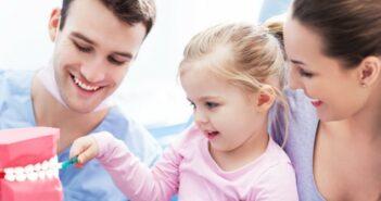 Karies bei Kindern: Vorbeugende und behandelnde Schritte