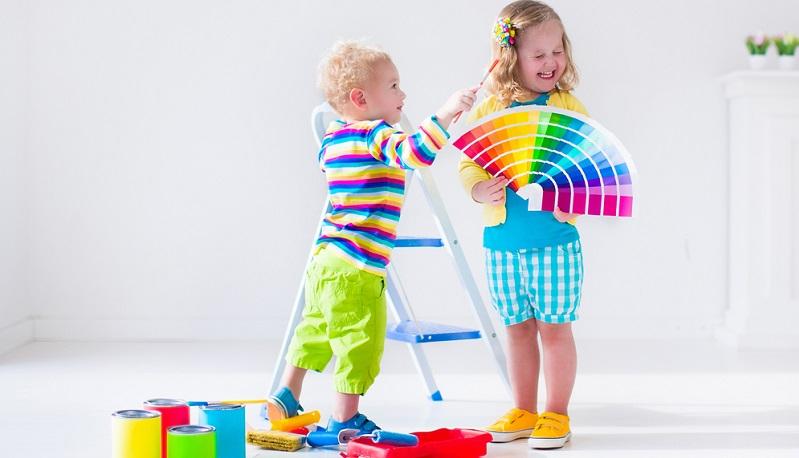 Auch wenn Renovierungsarbeiten anstehen, ist es wichtig, sich Gedanken über das Kinderzimmer zu machen und nach passenden Ideen für die Gestaltung zu suchen.