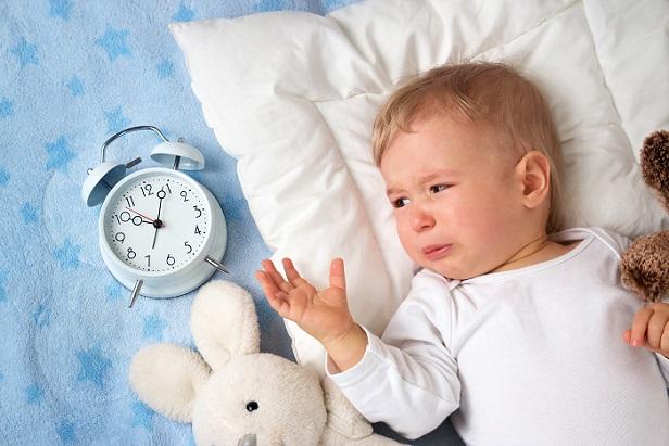 Gerade Säuglinge sind besonders empfindlich – daher gilt es, das Kirschkernkissen auf keinen Fall zu heiß zu machen (#03)