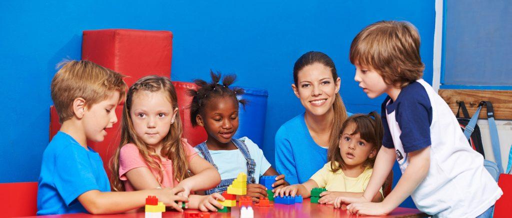Mobbing im Kindergarten, die Erzieherinnen können helfen