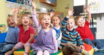 Eigentlich sollte der Kindergarten ein toller, erlebnissreicher Ort für die Kinder sein, leider findet auch da schon Mobbing statt