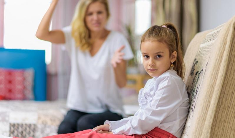 Warum rastet die – gerade noch so liebe und ausgeglichene – Mutter jetzt wieder aus? Kinder suchen irgendwann die Schuld bei sich