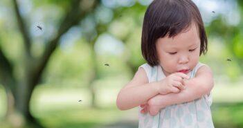 Neurodermitis bei Babys und Kleinkindern: Ursachen & Behandlung