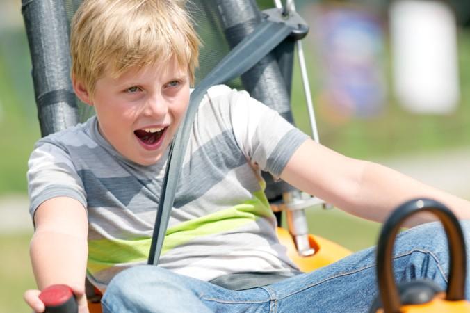 Einen Geschwindigkeitsrausch erlebt man auf der Sommerrodelbahn - aber keine Angst, das Tempo kann man selbst bestimmen (#4)