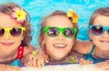 Sonnenschutz + Kinder: Die Studien, 5 Tipps für Drinnen & Draußen und die Checkliste für den Urlaub (Foto: Shutterstock-Sunny studio)