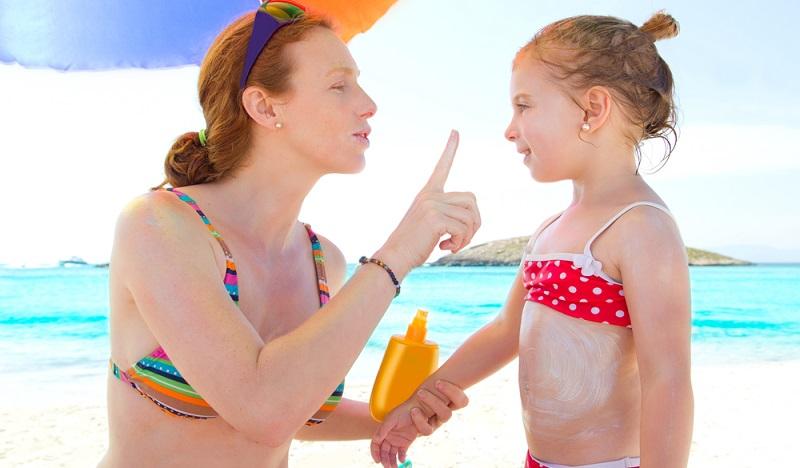 Jeder Sonnenbrand steigert das Hautkrebsrisiko( Foto: Shutterstock-unamarina)