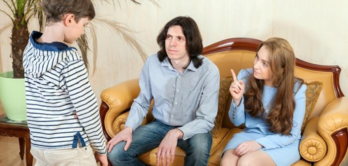 Strenge Eltern: Was ist das Beste für Kinder?