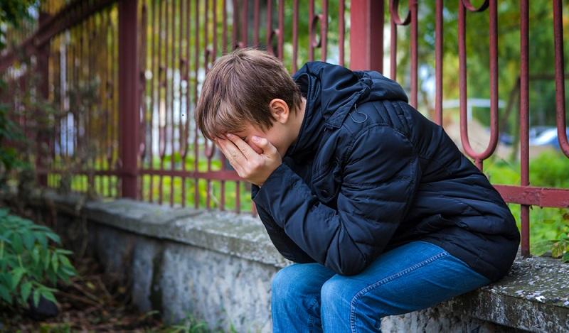 Wenn es zu Dauerstress kommt, kann dieser zu gesundheitlichen Folgen bei sensiblen Kindern führen. (#02)