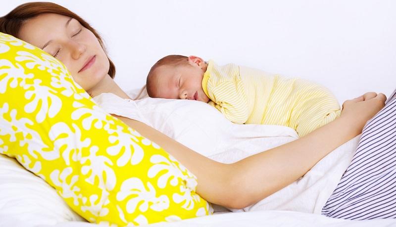 Die Dauer der freien Familienzeit ist sehr individuell. Es gibt beispielsweise die Möglichkeit, in der Schwangerschaft bis zum Beginn des Mutterschutzes auf eigenen Wunsch weiterzuarbeiten und die Mutterschutzfrist vor der Entbindung damit zu umgehen.