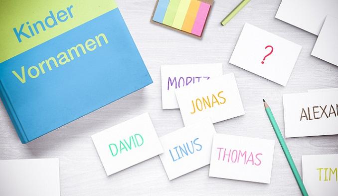 Auch mit einem Blick auf die zehn häufig gewählten Jungennamen aus dem Jahr 2016 wird deutlich, dass die Würze in der Kürze der Namen liegt. (#01)
