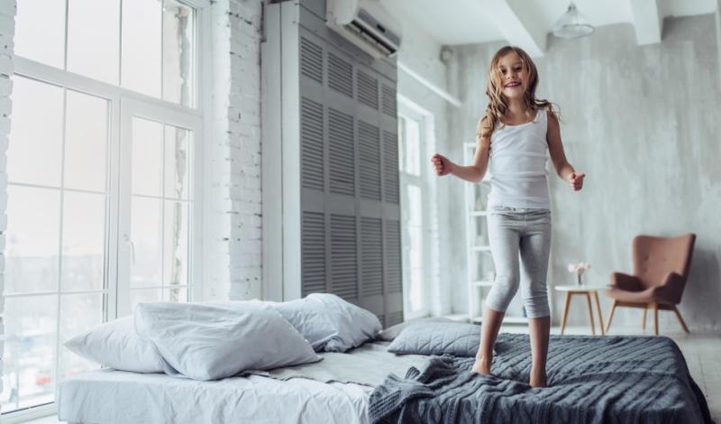 Wie viel Schlaf braucht ein Kind? Und was, wenn es Einschlafprobleme gibt?