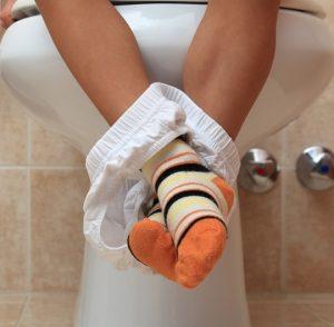 Unsicherheit und innere Anspannung verstärken das Einkoten bei Kindern. (#04)