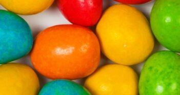 Lebensmittel Zusatzstoffverordnung: Bunte Schokolade steigert Hyperaktivität?